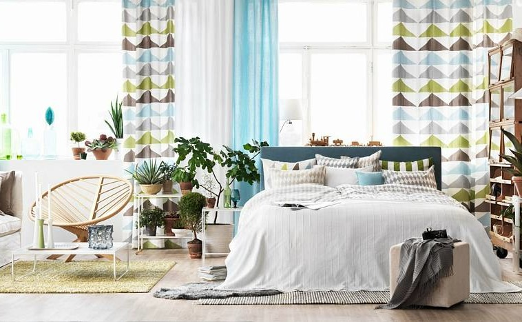 How to choose curtains in the bedroom: tips and current trends