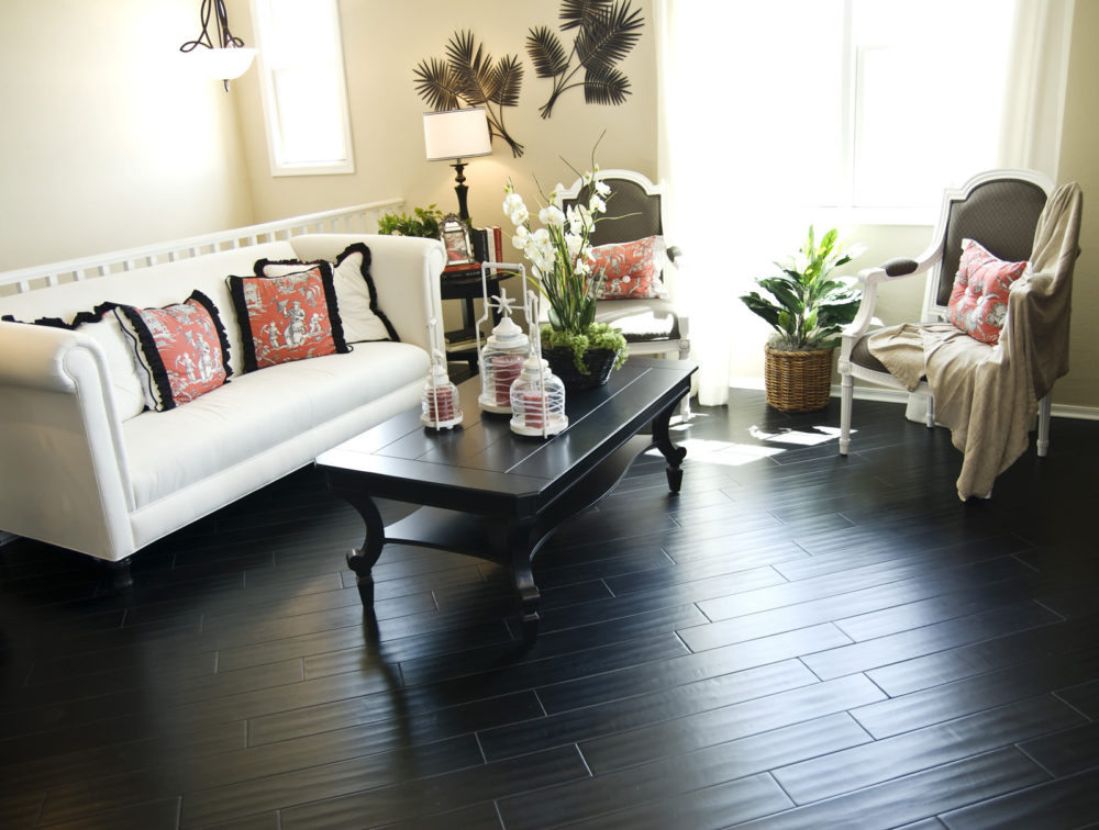 dark flooring light walls