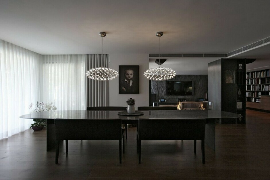 dark and light hardwood floors