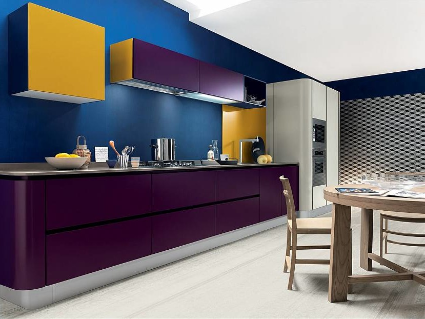 Blue catchy kitchen walls
