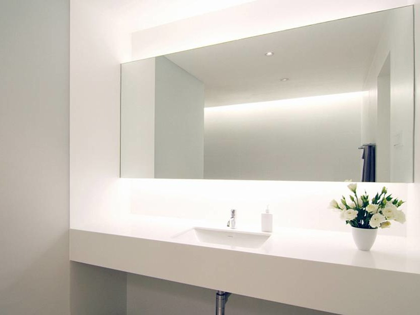 Mirrors in interior: shape, size and how to choose right place
